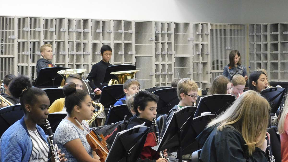 Seventh grade band class at View Ridge Middle School prepares to play. Photo courtesy of Ridgefield Public Schools