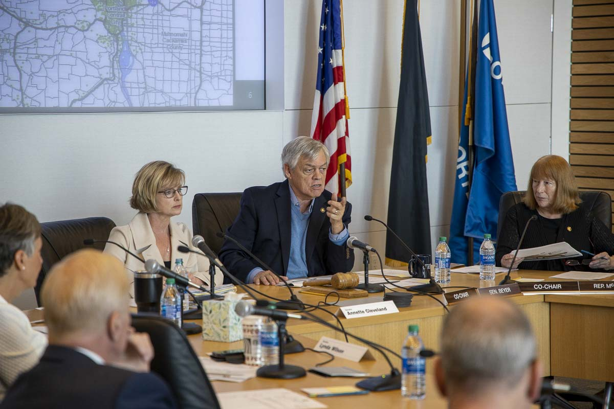 Oregon Sen. Lee Beyer (D-Springfield) makes remarks during a meeting of the Joint Interim Committee on the Interstate 5 Bridge. Photo by Chris Brown