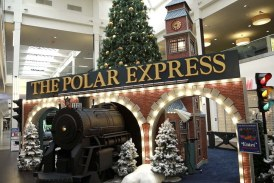 All aboard 'The Polar Express' at the Vancouver Mall
