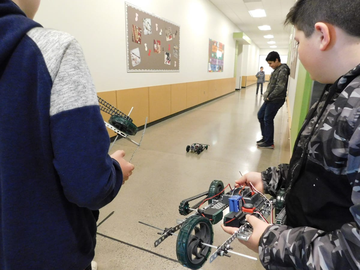 Students in the View Ridge Middle School STEM Class recently built and raced their own dragsters.