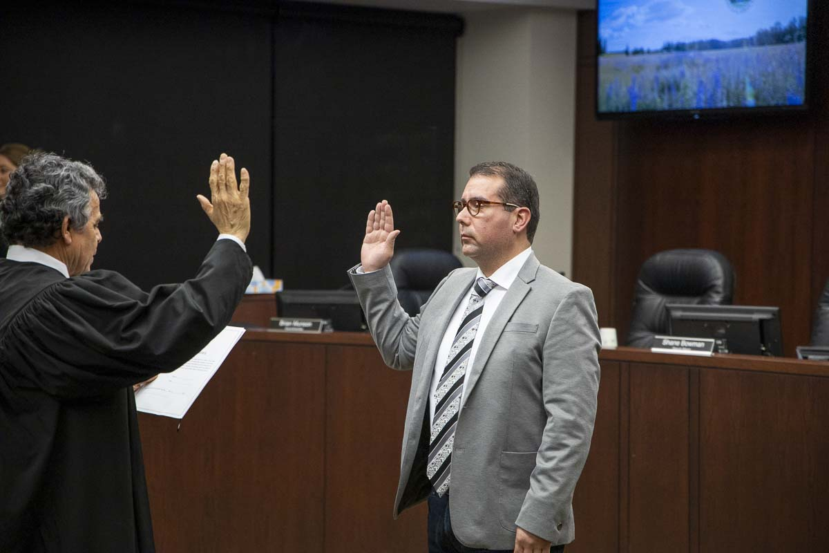 Adrian Cortes is sworn in as mayor of Battle Ground after a 4-3 vote by the city council on Monday night. Photo by Chris Brown