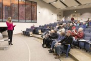 Rep. Vicki Kraft holds town hall after first week of legislative session