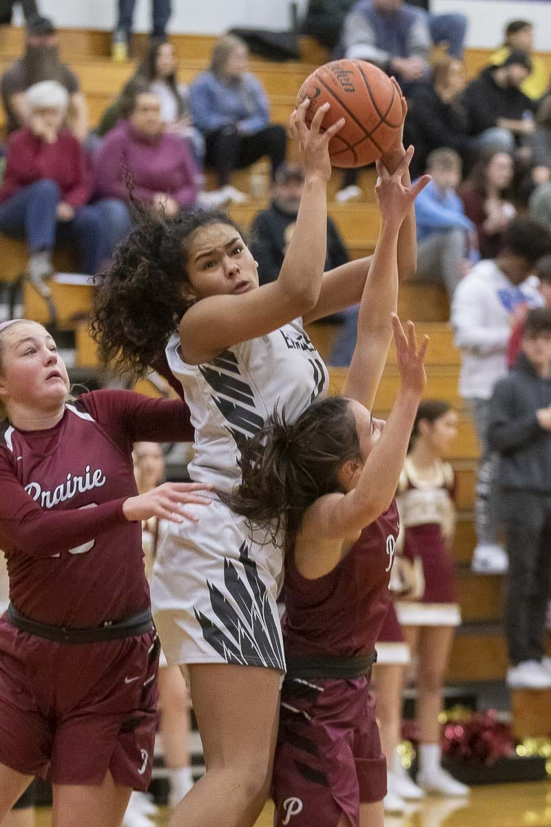 Jaydia Martin of Hudson's Bay was just too strong for Prairie in the first half, scoring 17 points to help the Eagles jump out to a 14-point lead. Photo by Mike Schultz
