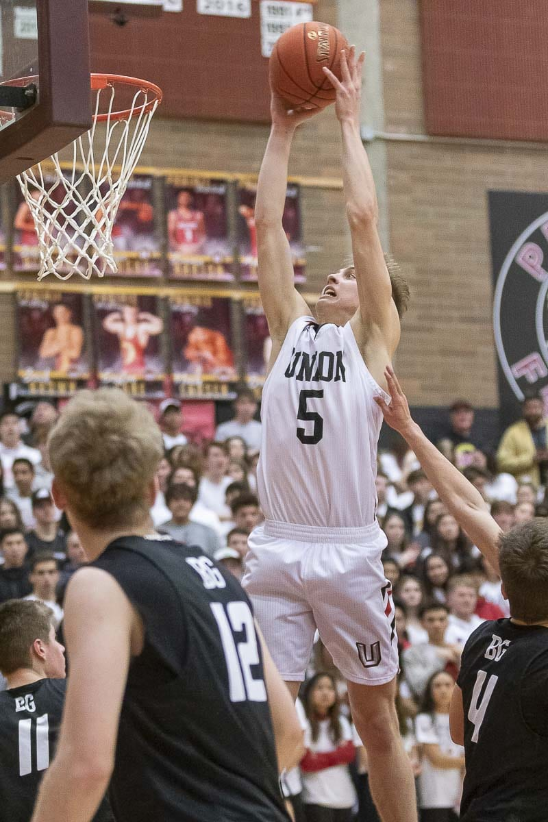 Union's Tanner Toolson scored 32 points in Saturday's bi-district championship victory. Photo by Mike Schultz