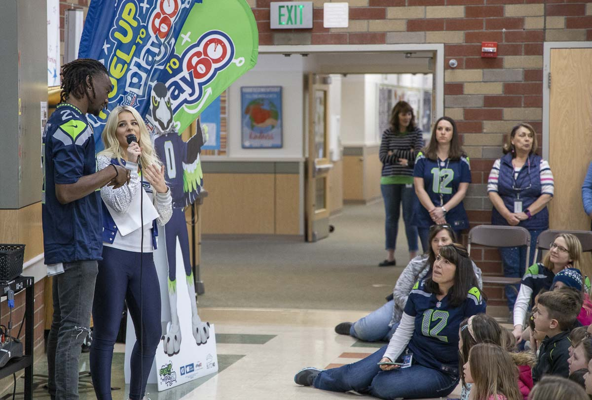 Seattle Seahawks CB Trey Flowers and Seahawks Dancer Kylie were special guests at York Elementary School on Monday. Photo by Chris Brown