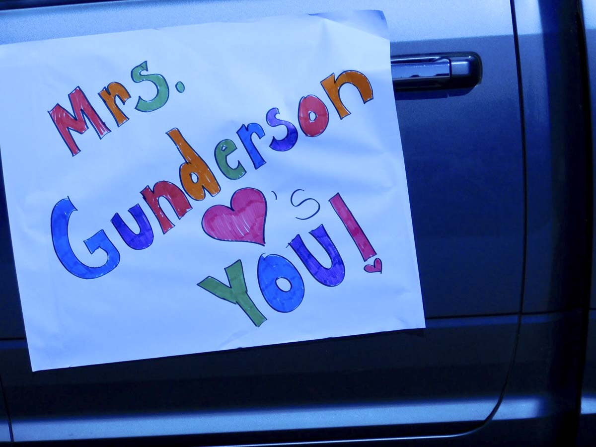 Union Ridge Elementary School teachers posted messages on their cars during a special car parade they organized for their students in Ridgefield. Photo courtesy of Ridgefield Public Schools