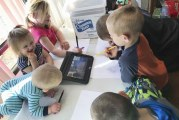 Battle Ground kindergarten students stay connected through remote learning