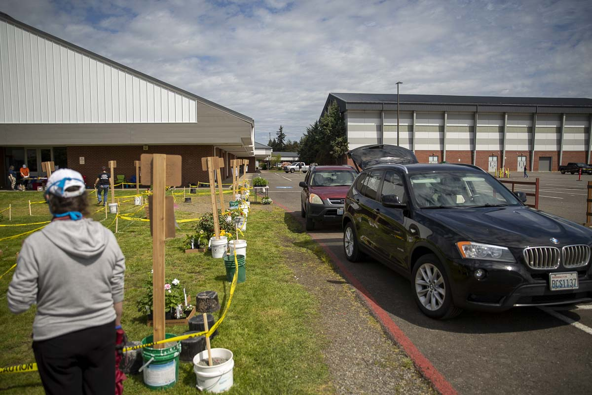 Cars line up waiting to pick up orders for the Battle Ground High School Plant Sale, which went online this year. Photo by Jacob Granneman