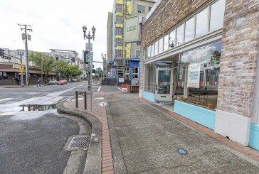 Vancouver eyes Parklets for downtown to help out restaurants