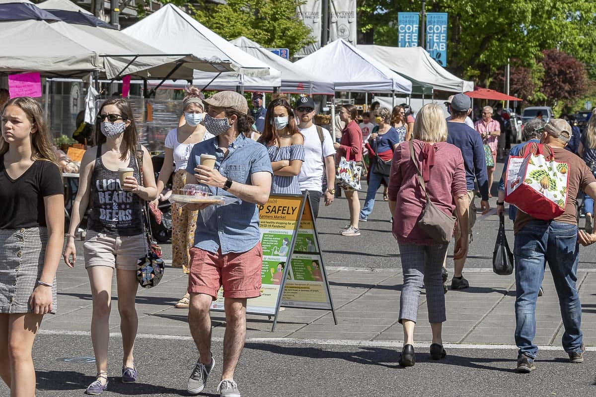 The Vancouver Farmers Market opened for its second weekend of the season amid ongoing coronavirus restrictions. Many attendees wore masks as they shopped. Photo by Mike Schultz