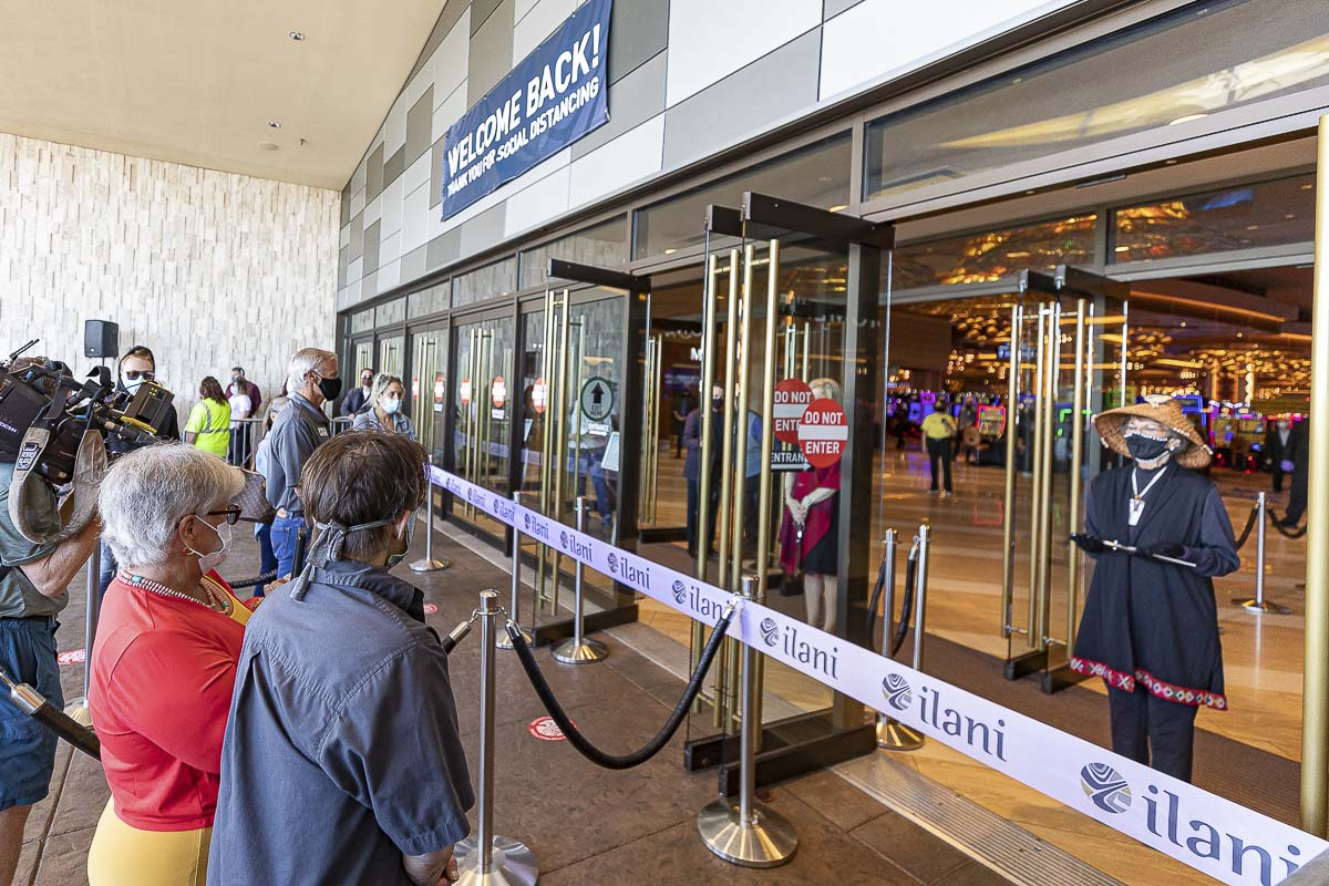 Guests await the ribbon-cutting ceremony prior to the reopening of ilani on Thursday morning. Photo by Mike Schultz