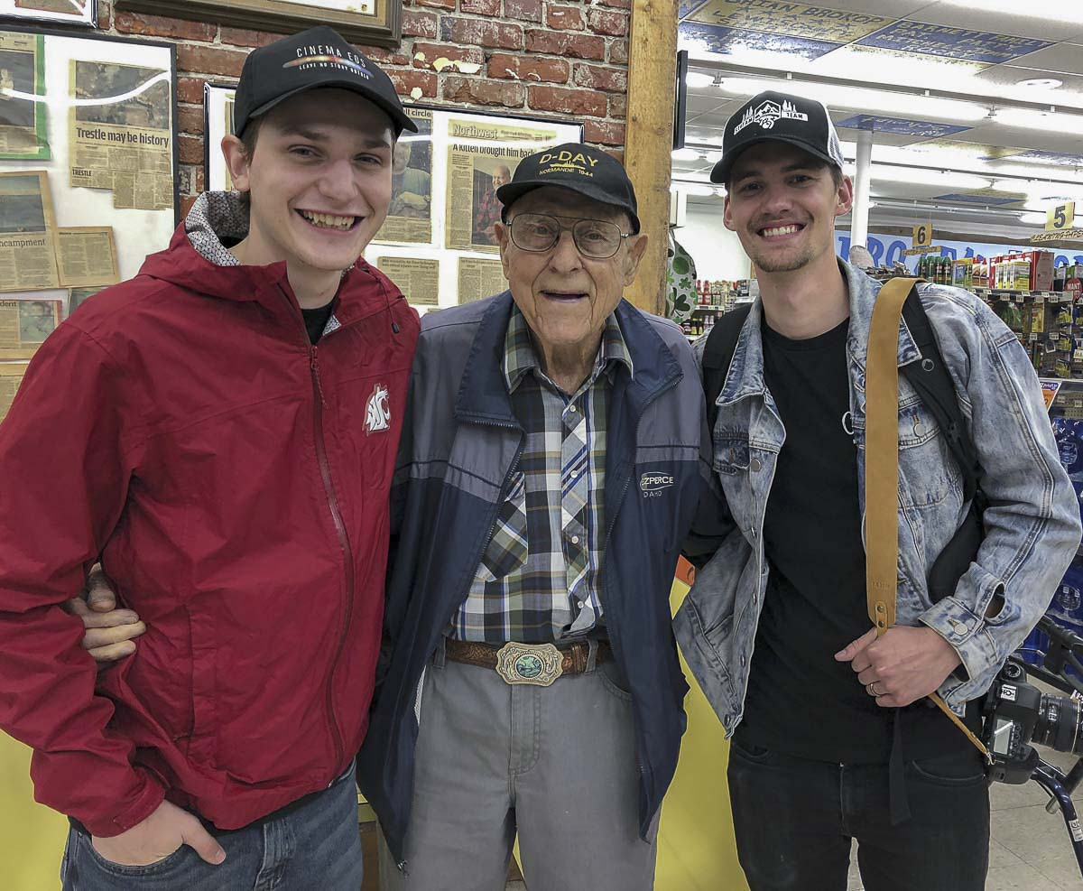 (From left to right), ClarkCountyToday.com reporter Jacob Granneman, WWII and D-Day veteran Joseph Meiners, and Vancouver photographer Alex McFeron. Photo courtesy of Jacob Granneman