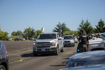 VIDEO: Sheriff and community participate in parade in support of law enforcement