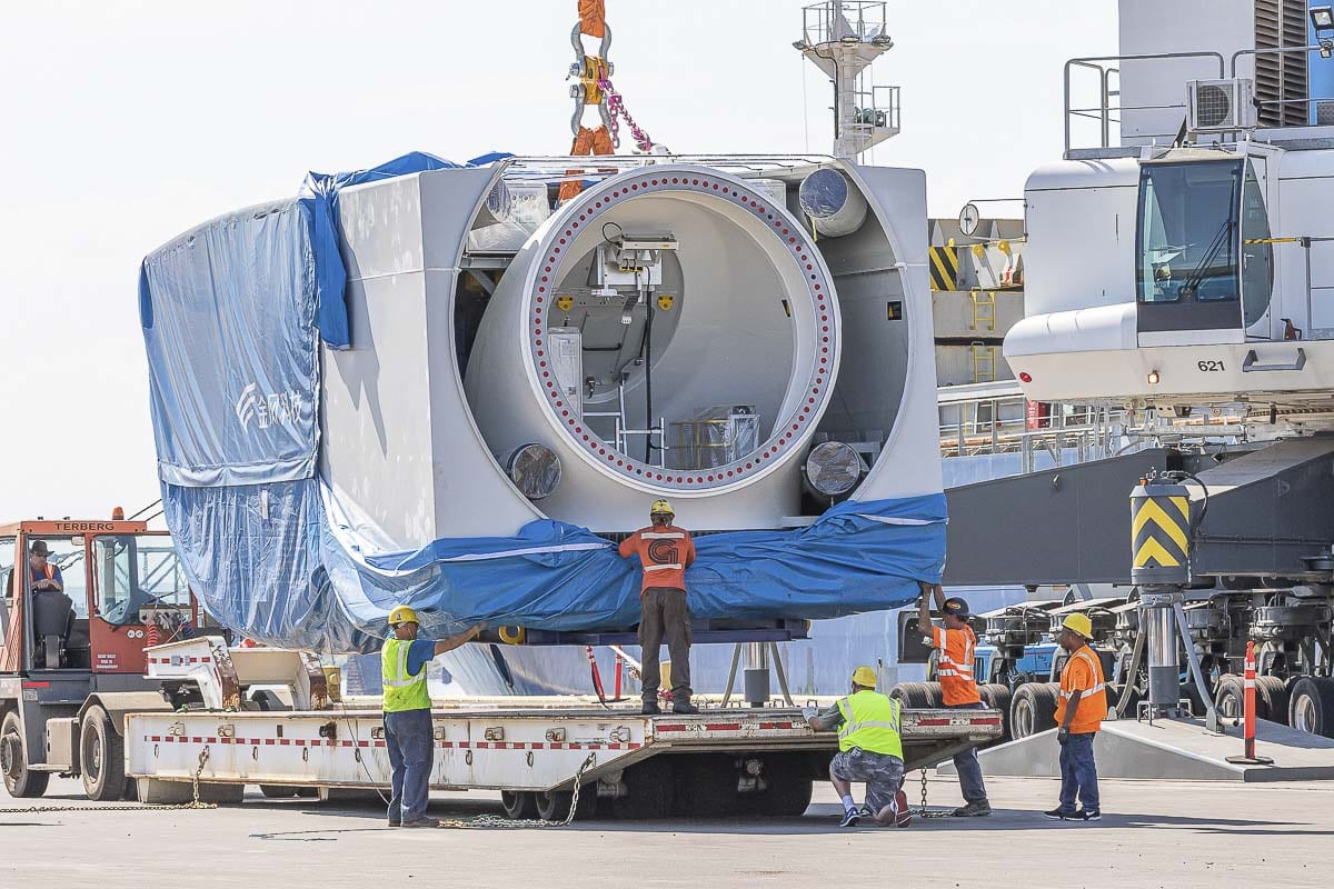 The delivery is a joint effort between the turbine manufacturer Goldwind Americas and the wind project owner Potentia Renewables. The port received a total of nine wind turbines including blades, nacelles, generators, hubs, tower sections and other sub-components. Photos by Mike Schultz