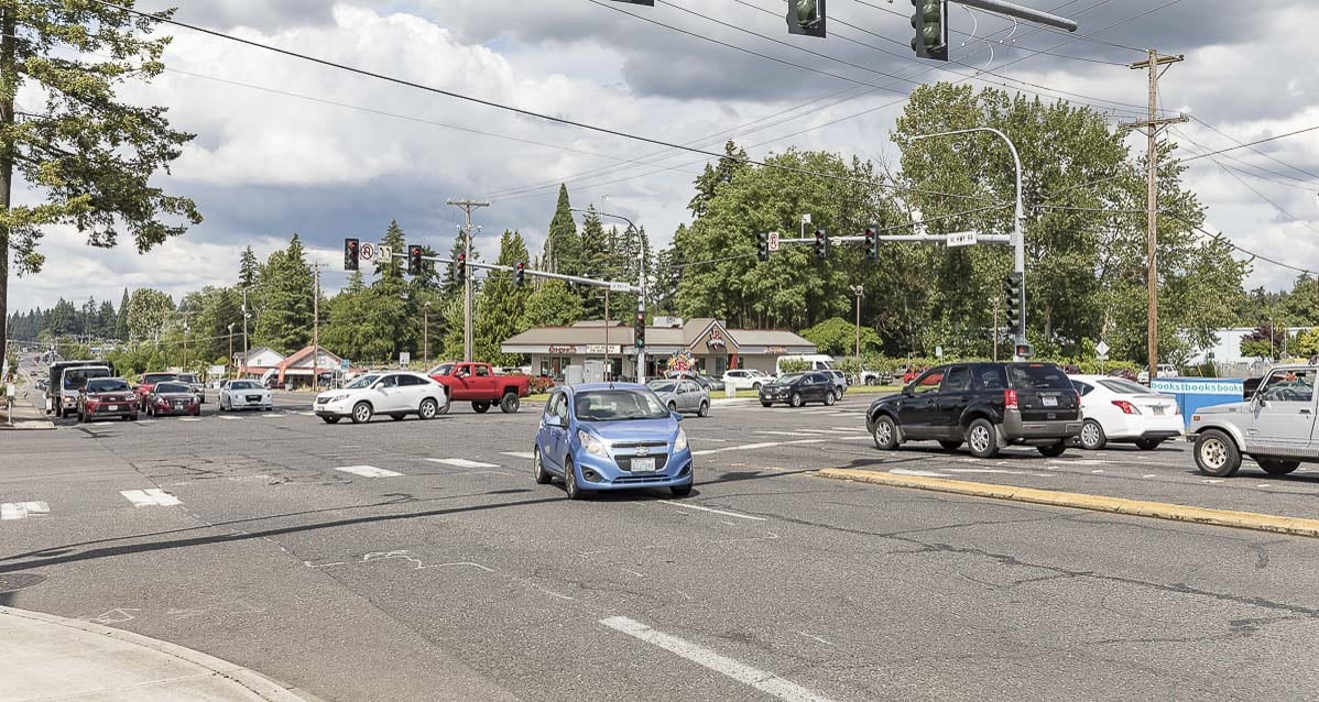 Intermittent lane closures began Monday at the intersection of Highway 99 and Northeast 99th Street in Hazel Dell. They will continue for 16 days. Photo by Mike Schultz
