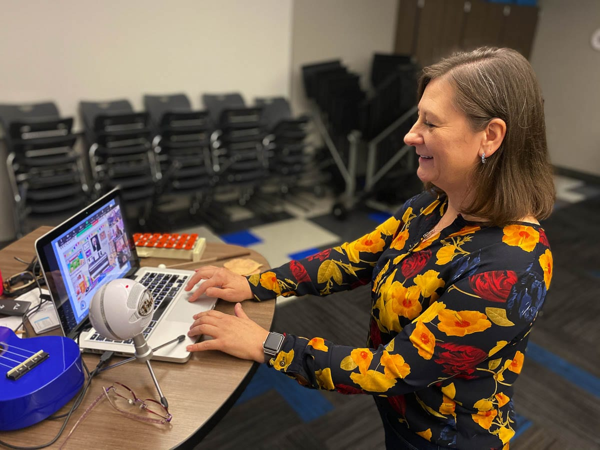 Music teacher Amy Switzer leads an online class inside Columbia River Gorge Elementary School in Washougal. Photo courtesy Washougal Public Schools