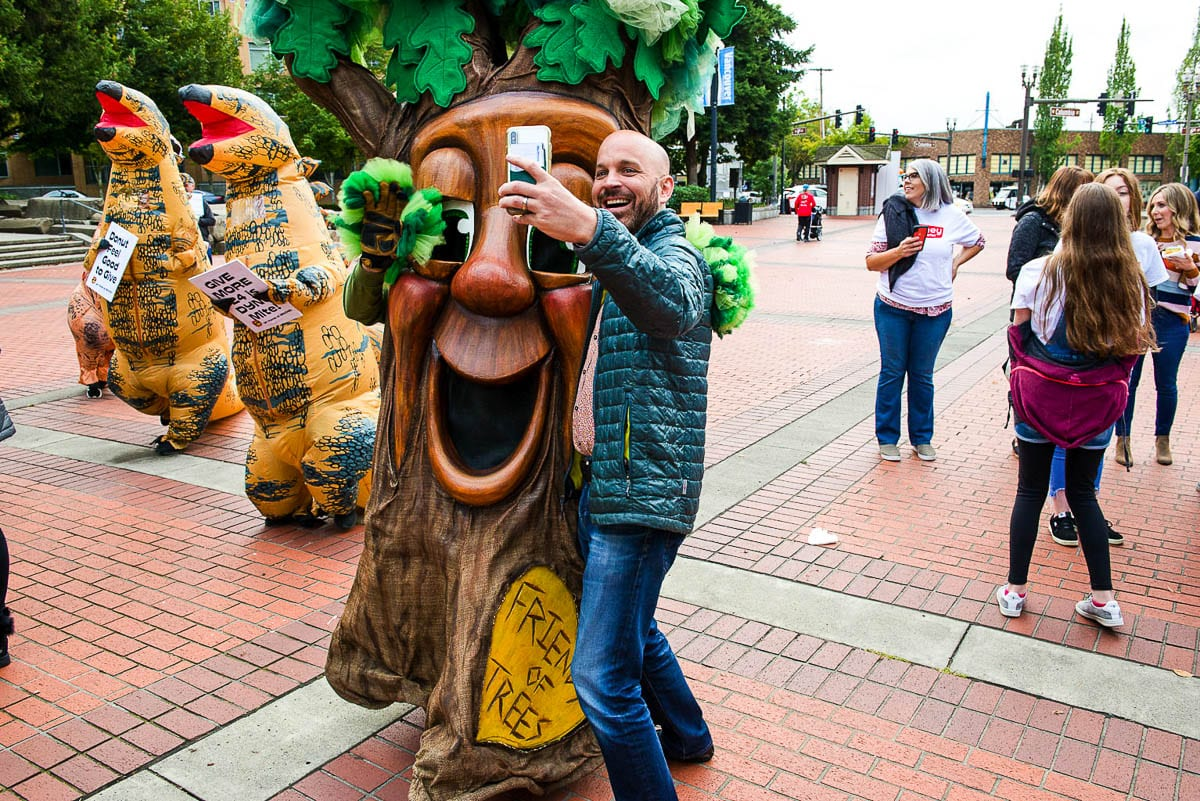 Vancouver council member Ty Stober poses with a Friends' of Trees mascot Garry Oak at 2019's Give More 24! in Esther Short Park. Photo courtesy of the Community Foundation for Southwest Washington