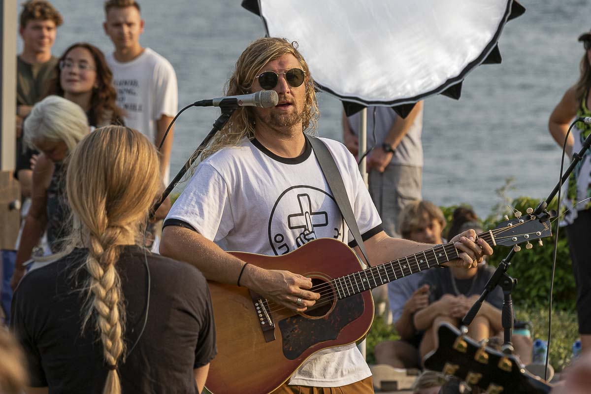 Sean Feucht has brought Let Us Worship to cities across the country. On Friday, his tour stopped at Vancouver Waterfront Park. Photo by Mike Schultz