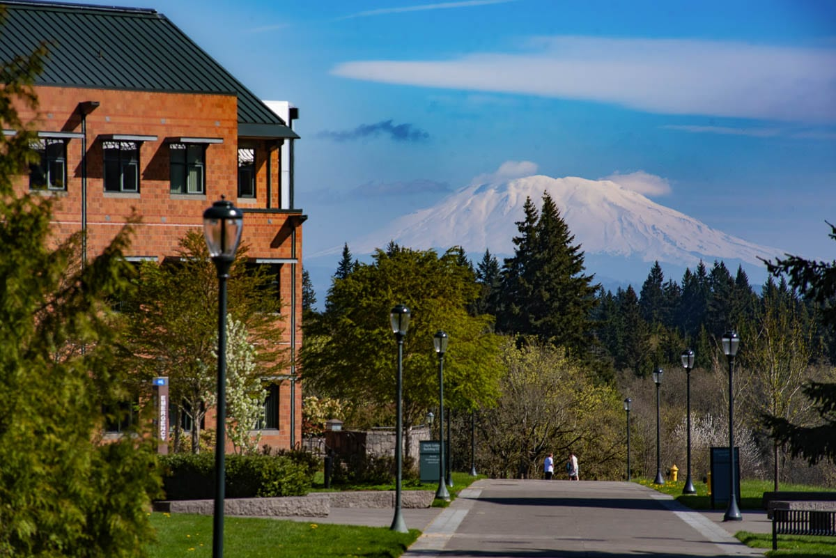 WSUV will host several online events to help students with applications for financial aid. Photo by Mike Schultz