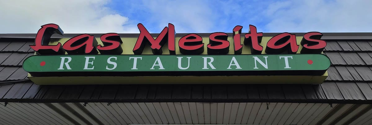 Las Mesitas Restaurant in Battle Ground was a victim of an apparent con game. A neighboring business, Five-Star Tattoo, raised funds for the restaurant. Photo by Paul Valencia