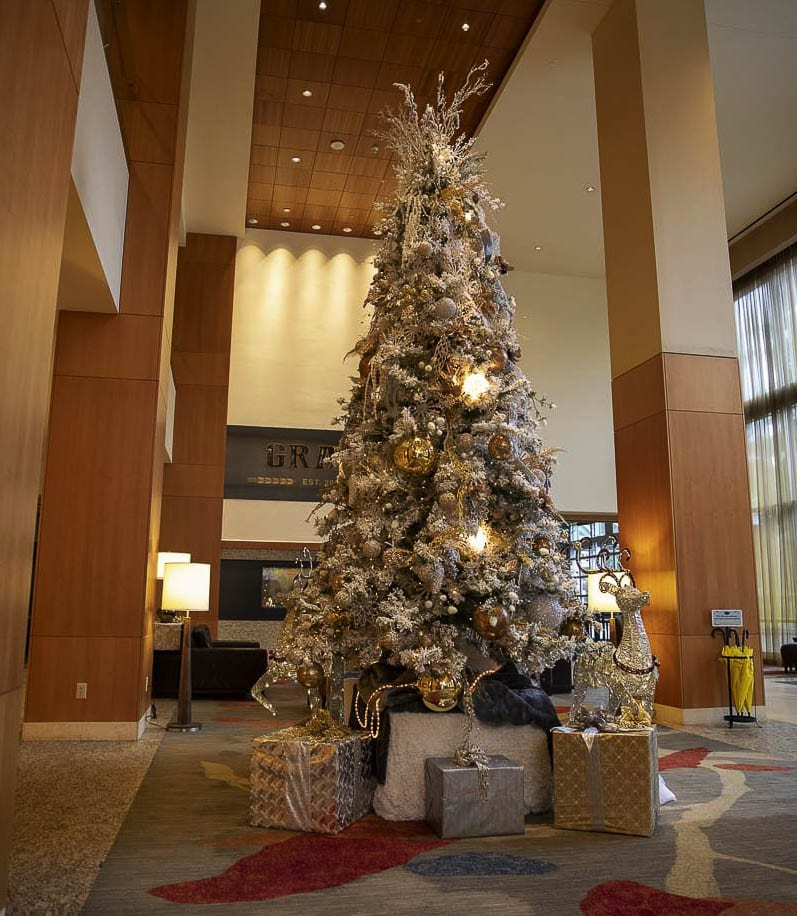 Two years ago, Vancouver's shining Hilton Hotel boasted a massive golden Christmas tree, some 20-feet-tall. Photo by Jacob Granneman