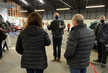 Gov. Jay Inslee tours Clark County Fairgrounds vaccination site