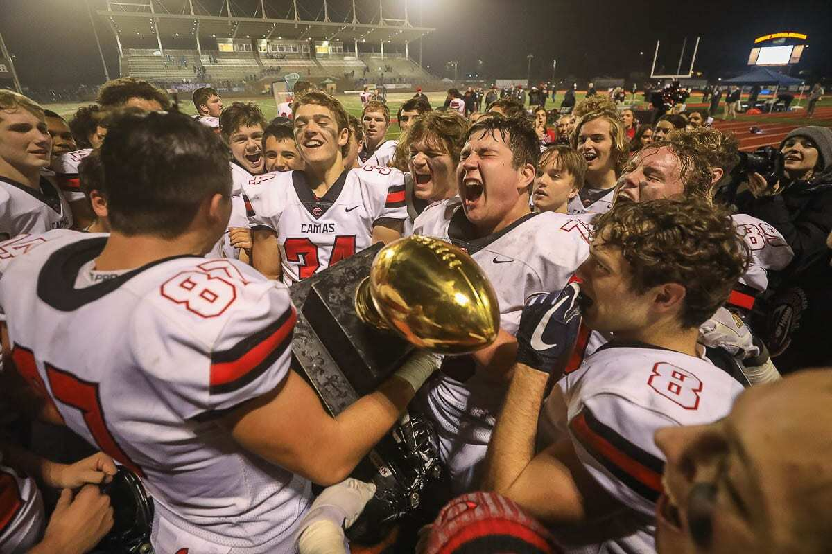 The champs are back. The Camas Papermakers, winners of the 2019 state championship, host Union, the 2018 state champion, at Doc Harris Stadium on Friday. Photo by Mike Schultz