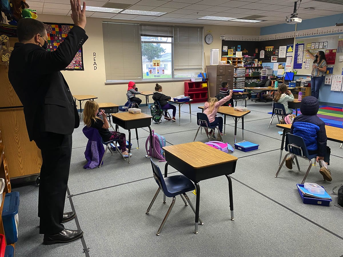 Superintendent Mark Ross visits 2nd grade teacher Katherine Simko's class at Maple Grove Primary School. Battle Ground's K-4 students started hybrid learning this week, with students in grades 5-8 slated to return Feb. 22. Photo courtesy of Battle Ground School District