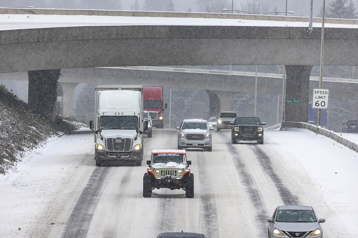 Snow made for a treacherous drive along I-5 in Vancouver on Friday morning. Photo by Mike Schultz