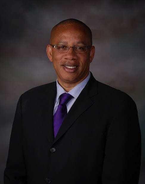 Dr Kenneth