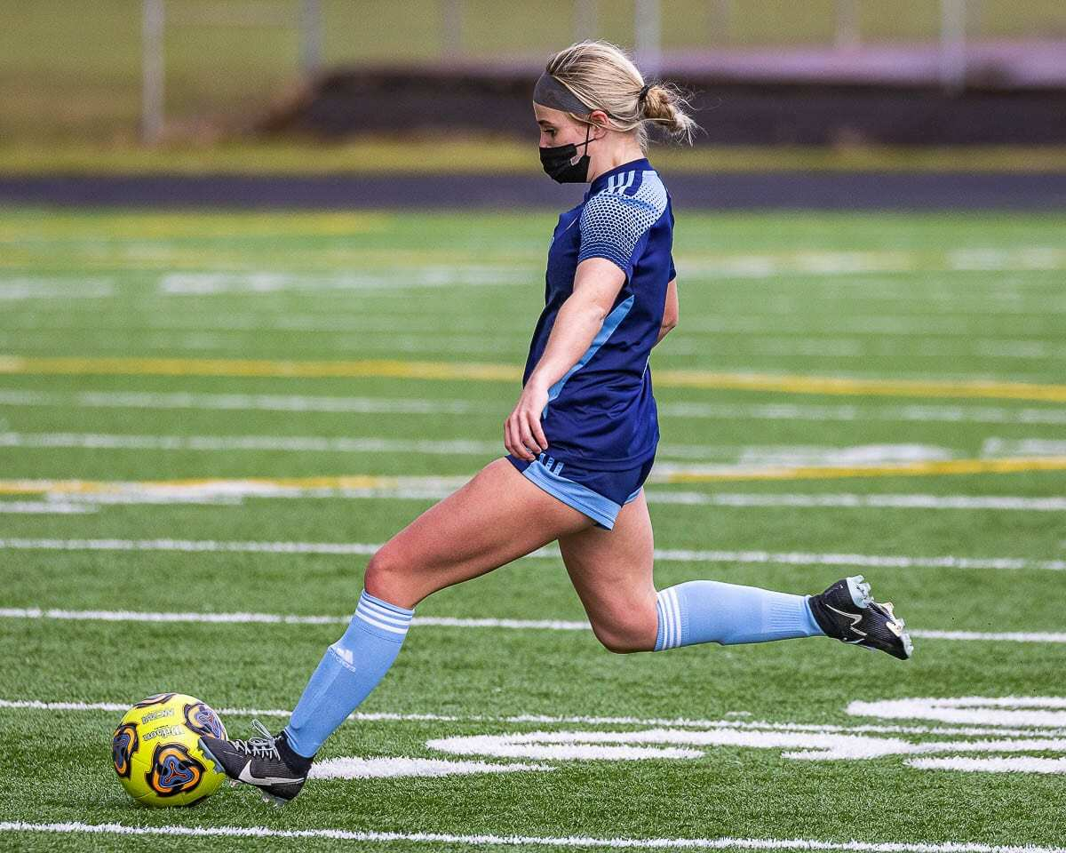 Hockinson's Kati Waggoner in action Saturday during the Hawks' 2-0 win over Tumwater to claim the Class 2A District 4 championship. Photo by Mike Schultz