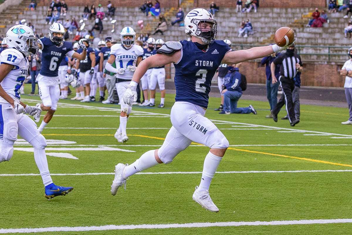 Skyview's Rhett Savela cruises into the end zone Saturday during the Storm's win over Mountain View. Photo by Mike Schultz