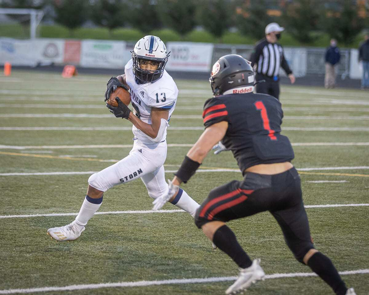 Xavier Owens scored two touchdowns in the final five minutes of regulation, giving Skyview the lead. Camas rallied to win, though. Photo by Mike Schultz