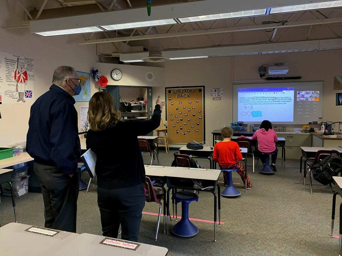 Washington Gov. Jay Inslee toured classrooms at Eleanor Roosevelt Elementary School in Vancouver on Friday morning. Photo courtesy Office of Washington Gov. Jay Inslee