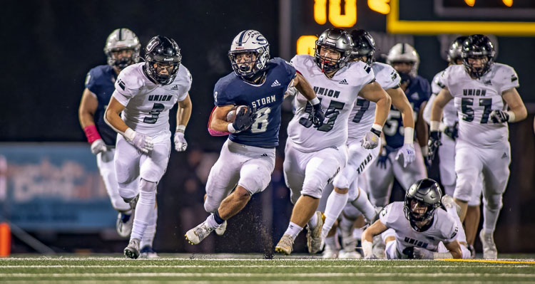 The Skyview Storm crushed Union 37-7 and will have a chance to win the 4A Greater St. Helens League outright with a game at Camas next week